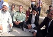 نماینده ولی فقیه در خوزستان از روستای سیلزده شاکریه بازدید کرد