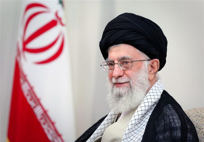 امام خامنهای: بعدازظهرِ عرفه یکى از ساعات بهشت است