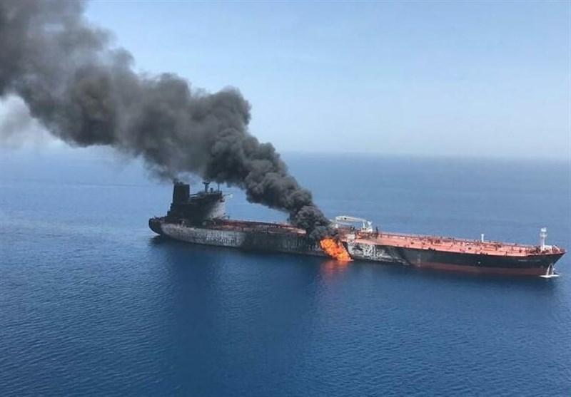 جزئیات انفجار امروز 2 نفتکش در دریای عمان به فاصله 1 ساعت/تایوان و سنگاپور مقصد نفتکشها بود