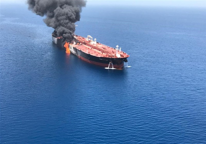 آخرین خبر از نفتکشهای سانحه دیده/ اعزام کارشناسان ایرانی برای ارزیابی