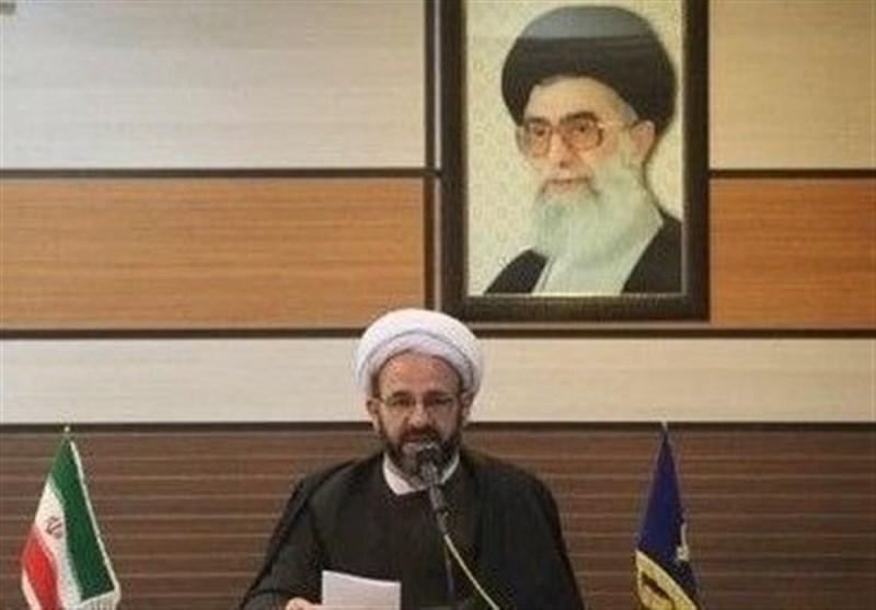 چه کسی مجوز برگزاری جشن تولد ملکۀ انگلیس در تهران را صادر کرد؟/مسئولان پاسخ دهند