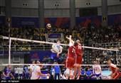 لیگ ملتهای والیبال ـ ارومیه   تمرین پیش از بازی تیمهای والیبال ایران و لهستان + فیلم