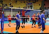 لیگ ملتهای والیبال ـ ارومیه   تمرین پیش از بازی تیمهای روسیه و کانادا به روایت تصویر