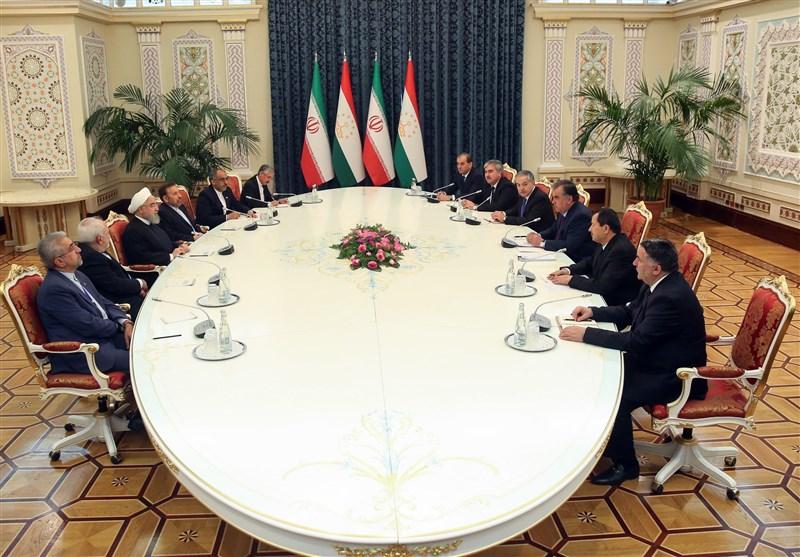 Iranian, Tajik Presidents Stress Resolve to Broaden Ties