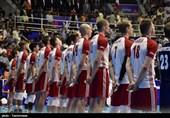 لیگ ملتهای والیبال ـ ارومیه| تمرین پیش از بازی تیمهای کانادا و لهستان+فیلم
