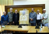 پوستر نشان عکس سال مطبوعاتی ایران رونمایی شد+عکس