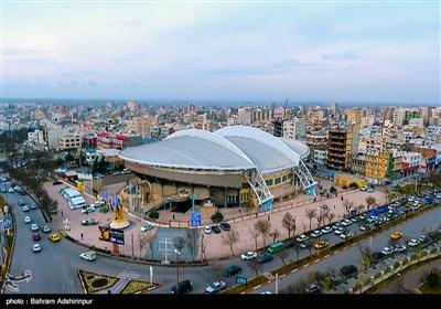 خیابانها و کوچه پسکوچههای اردبیل حالوهوای والیبال به خود گرفتهاند و مردم اردبیل در انتظار رویداد بینالمللی والیبال بهسر میبرند.