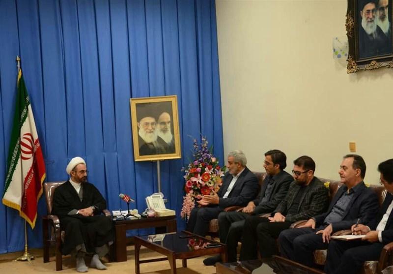 نماینده ولی فقیه در استان ایلام در دیدار با مدیرعامل تسنیم: رسانهها در جنگ نرم دشمن علیه کشور انقلابی عمل کنند