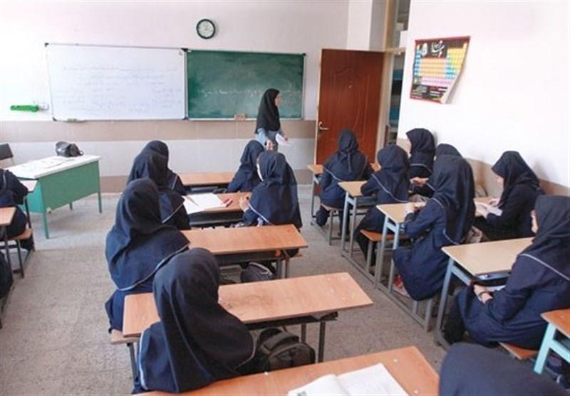 ماموریت لاریجانی به کمیسیون آموزش درباره رتبه بندی فرهنگیان