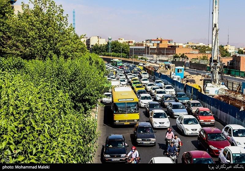 گزارش/ تأثیر لغو طرح ترافیک تهران در فاصلهگذاری اجتماعی؛ مثبت یا منفی؟