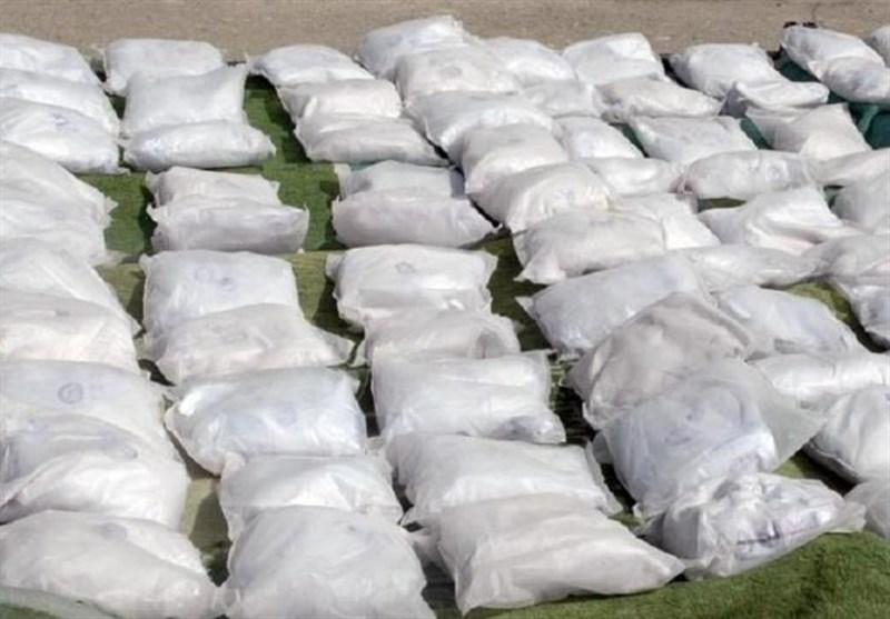 درگیری مسلحانه ناجا با سوداگران مرگ در ایرانشهر / کشف 2 تن انواع مواد مخدر از قاچاقچیان
