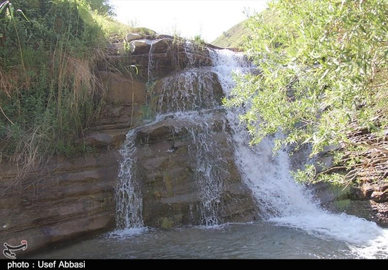 جوشش تابستانی چشمهها و آبشارها در روستای گردشگری بند ارومیه+ فیلم