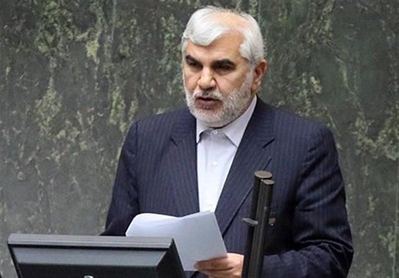 نماینده تالش: 94 نیروی ردههای مدیریتی وزارت کشور غیر قانونی جذب شدهاند