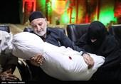 دیدار خانوادههای 4 شهید تازه تفحص شده تهرانی با پیکر شهدا+عکس و فیلم