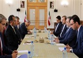Iranian, Iraqi Diplomats Hold Political Talks in Tehran