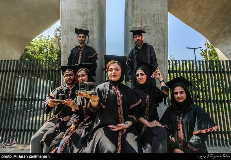 """پذیرش """"دانشجوی خارجی"""" برای پر کردن رشتههای پزشکی و ممانعت از ورود دانشجویان ایرانی!"""