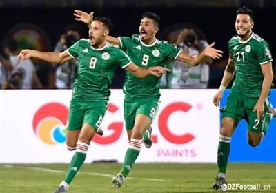فلسطین لم تغب عن إحتفالات الجزائریین بالتأهل إلى نهائی أمم افریقیا