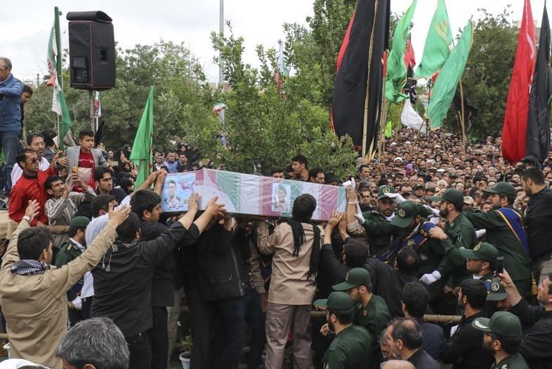 تشییع باشکوه پیکر مطهر شهید مدافع حرم در اردبیل