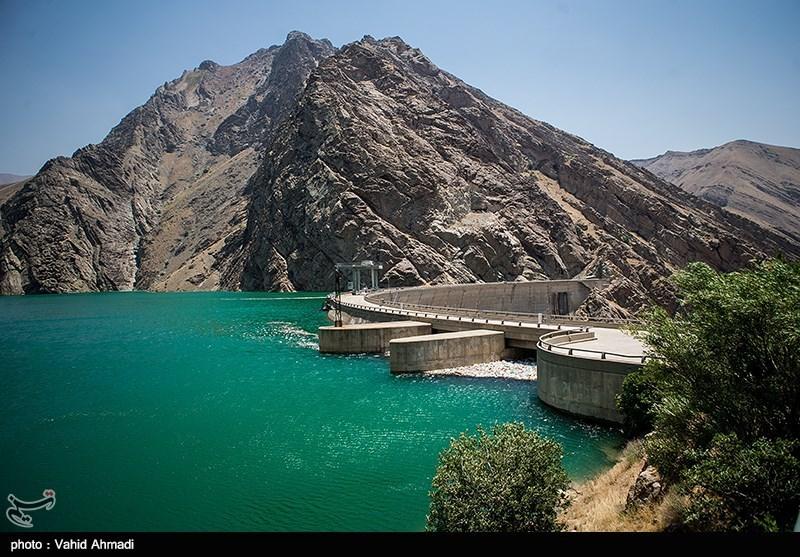 حجم ذخیره آب در سدهای کشور به مرز ۳۷ میلیارد مترمکعب رسید,