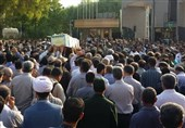 بازگشت پیکر رزمنده بوشهری به وطن پس از 31 سال / تشییع باشکوه شهید سلیمی در بوشهر