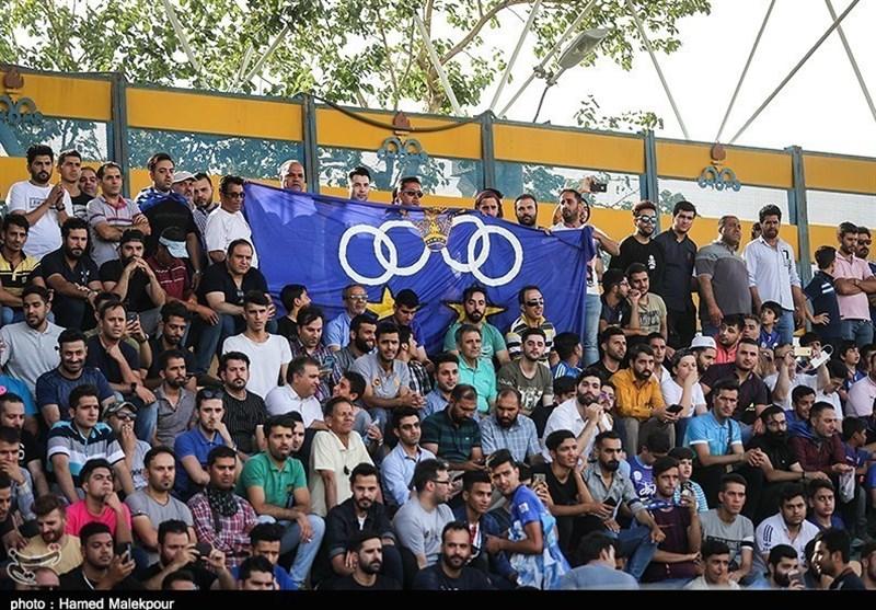 شکست استقلال مقابل پیکان با ذخیرهها و شعار هواداران علیه فتحی
