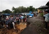 ریختن دیوار بر اثر بارش باراندر هند جان 24 نفر را گرفت + تصاویر