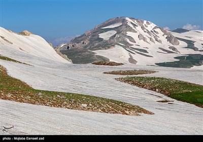 صعود تابستانی به قله 3480 متری بوز سینا