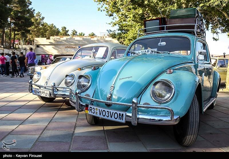 همایش خودروهای کلاسیک در سنندج بهروایت تصویر