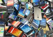کشف 40 دستگاه گوشی قاچاق آیفون و سامسونگ از یک خودرو
