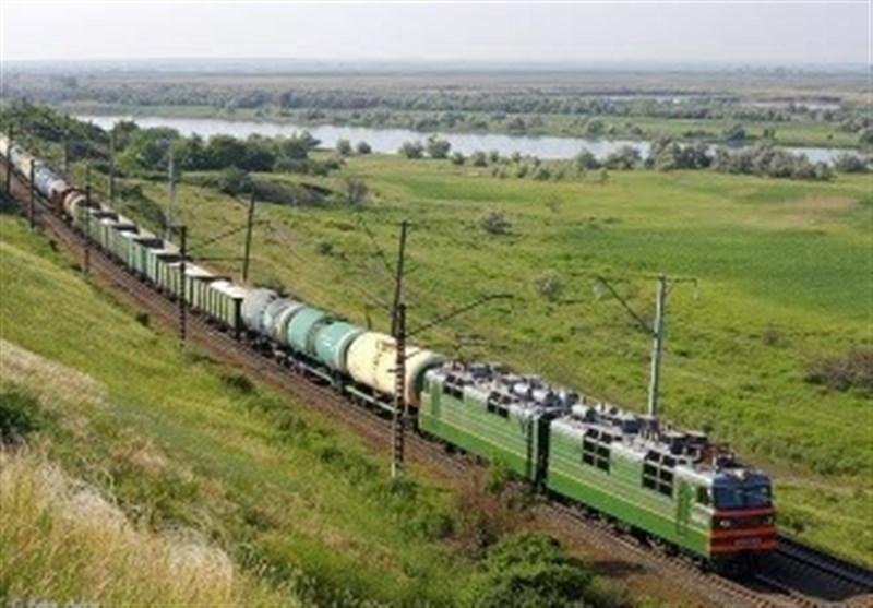 قطار باری در مسیر اسلامشهر-آپرین از ریل خارج شد