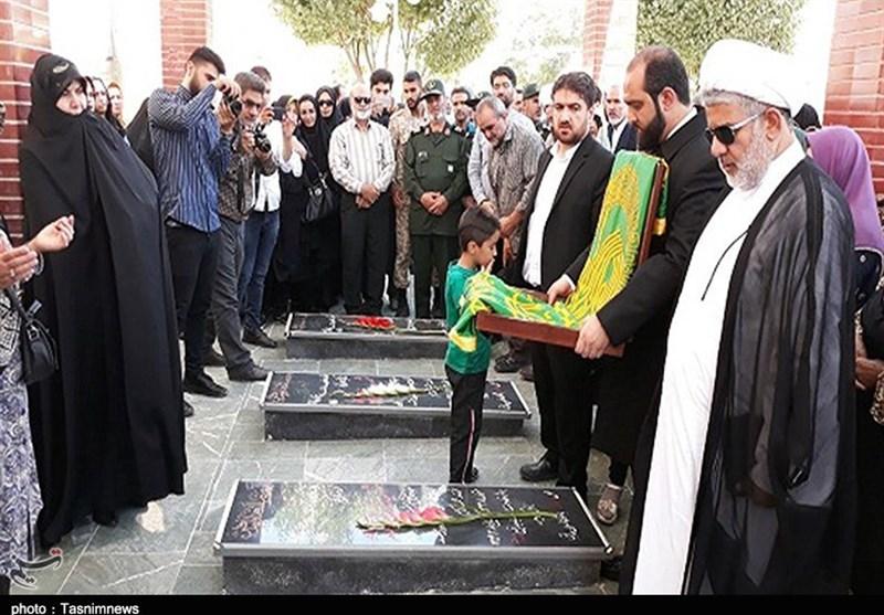 ادای احترام خدام امام رضا(ع) به شهدای کردستان؛ عطر بیرق رضوی در دیار مجاهدتهای خاموش پیچید