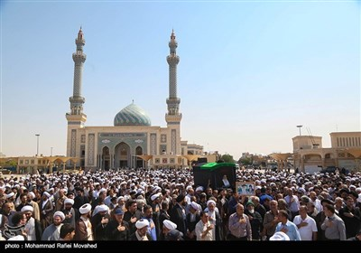 تشییع پیکر مرحوم آیتالله حسینی شاهرودی