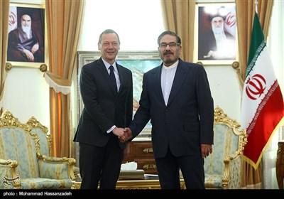 دیدار امانوئل بون مشاور دیپلماتیک رئیس جمهور فرانسه ظهر امروز با علی شمخانی دبیر شورایعالی امنیت ملی
