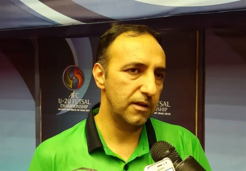 لیگ برتر فوتسال| سرمربی ستارگان ورامین: با تیمی فراتر از تیم ملی بازی کردیم