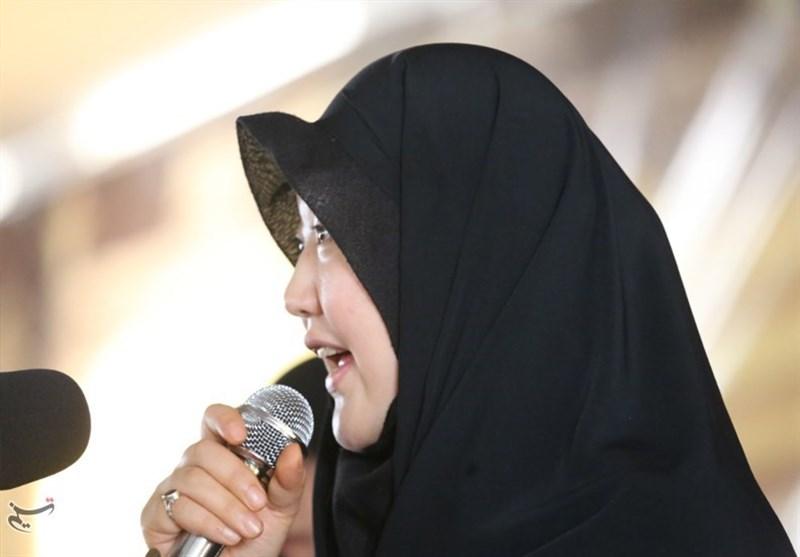 بانوی مسلمان ژاپنی: هیچ رهبری در دنیا به اندازه آیتالله خامنهای دلسوز مردم نیست