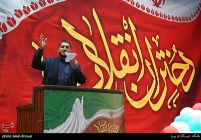 مولودی خوانی امیر عباسی در اجتماع عظیم دختران انقلاب-تهران