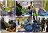 بوشهر| خادمان حرم مطهر رضوی از بیماران بیمارستان کنگان عیادت کردند