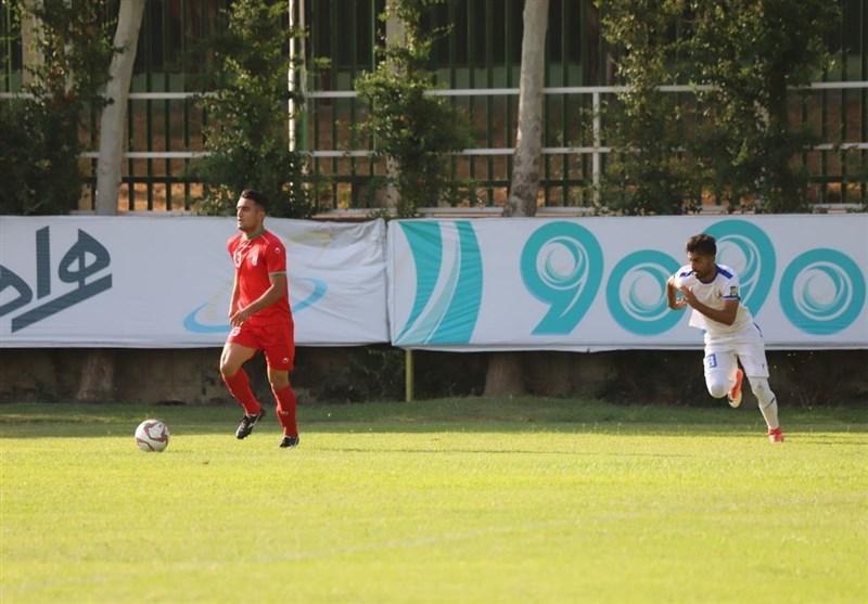 حضور ویلموتس در بازی دوستانه تیم امید و نفت مسجد سلیمان/ خوش آمدگویی یک استقلالی به یک پرسپولیسی+ تصاویر