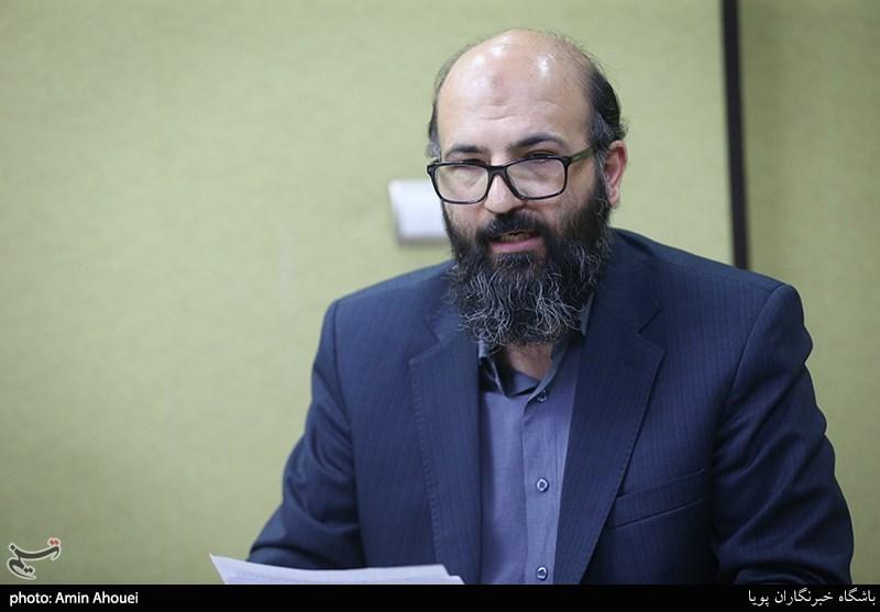 انتقاد احمد شاکری به حواشی ممیزی کتاب/جایزه جلال به ایستگاه آخر رسید