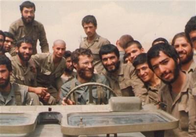 شهید بروجردی و بهرهگیری از قدرت نرم در مدیریت بحران کردستان/ در مورد «مسیح کردستان» چه میدانیم؟+عکس
