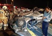تصادف مرگبار پژو 206 با عابرپیاده/ حبس سرنشینان داخل خودرو + عکس