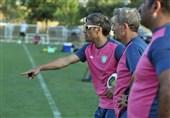 بازیکنان برزیلی در انتظار تصمیم خطیبی