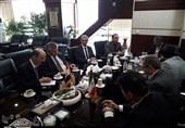 محافظ طهران یبحث مع السفیر العراقی توفیر الامکانات اللازمة لمراسم الأربعین+صور
