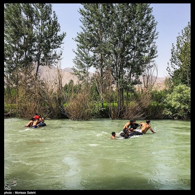تفریحات خطرناک در زاینده رود