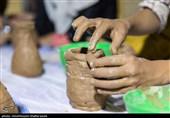 سفالگری و نقاشی کودکان در یزد به مناسبت میلاد امام رضا(ع) + تصاویر