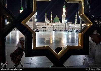 Muslims at Masjid Al-Nabawi during Hajj Rituals