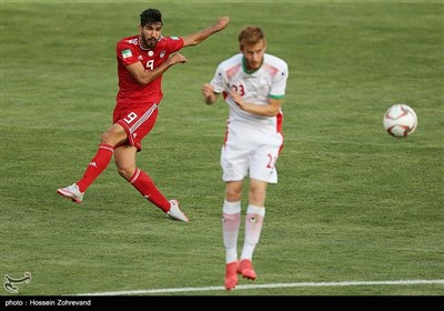 دیدار دوستانه تیم ملی فوتبال بزرگسالان و امید ایران