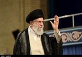 امریکی حکام ایرانی نوجوانوں کو اسلامی نظام سے دورکرنے کی ناکام کوشش کررہے ہیں، امام خامنہ ای