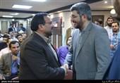 محسن یزدی قائم مقام شبکه سه در مراسم تقدیر از عوامل سریال گاندو در خبرگزاری تسنیم