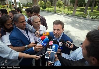 محمود واعظی رئیس دفتر رئیسجمهور در جمع خبرنگاران